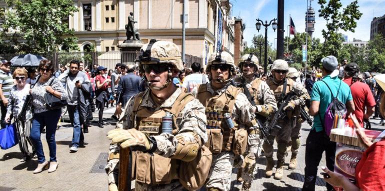 Chileense president pleit voor meer militarisering als antwoord op het sociaal protest