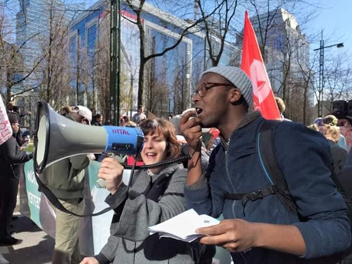 Plus de 300 jeunes s'insurgent : «Nous sommes la génération Covid et le monde qui nous apparaît comme avenir nous rend malades»