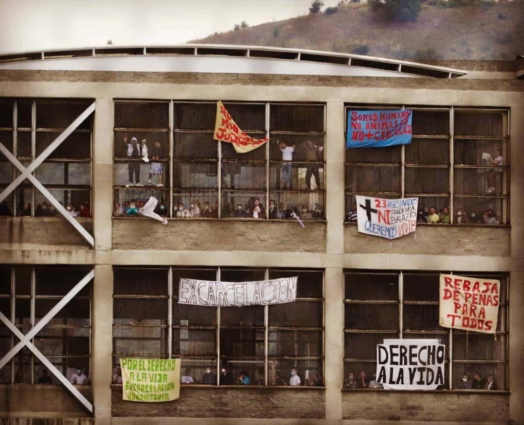 Les prisons en Colombie une «bombe à retardement» par temps du COVID 19 Interview avec Ivan cépeda et Jhon León