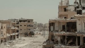 Raqqa, Syrië, augustus 2017 (Foto: MahmBali (VOA), publiek domein)